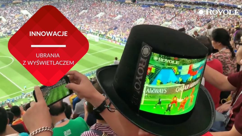 przenosnepl_kapelusz z wyświetlaczem na głowie kibica na meczu piłkarskim